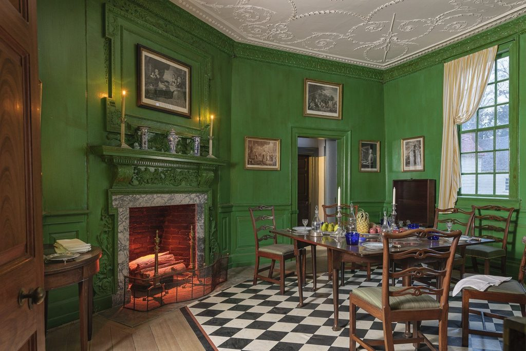 Dining Room at Mount Vernon