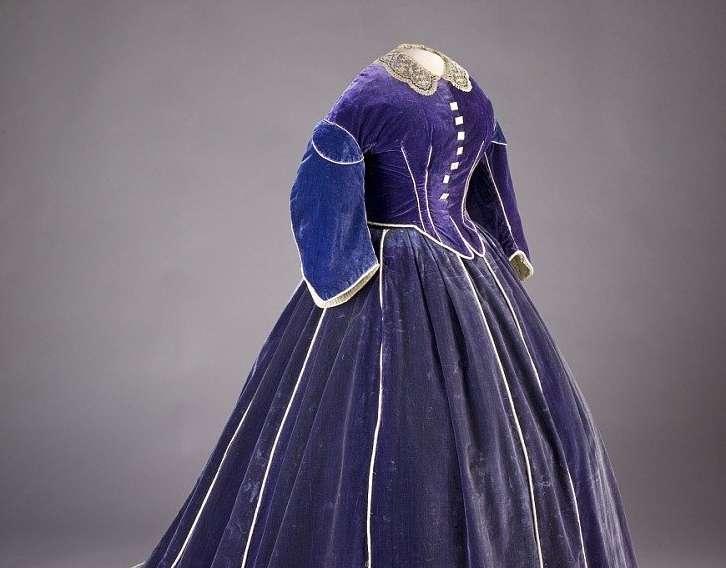 Purple velvet floor-length dress attributed to Elizabeth Keckly