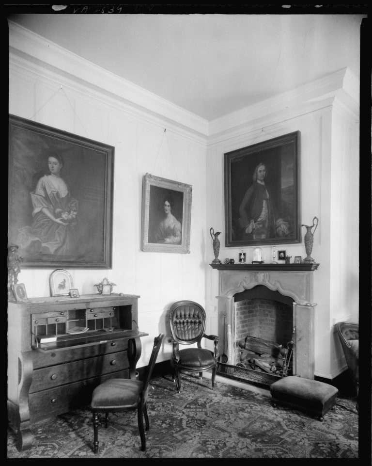 Gunston Hall library