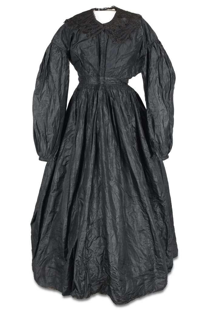 Mourning Clothing