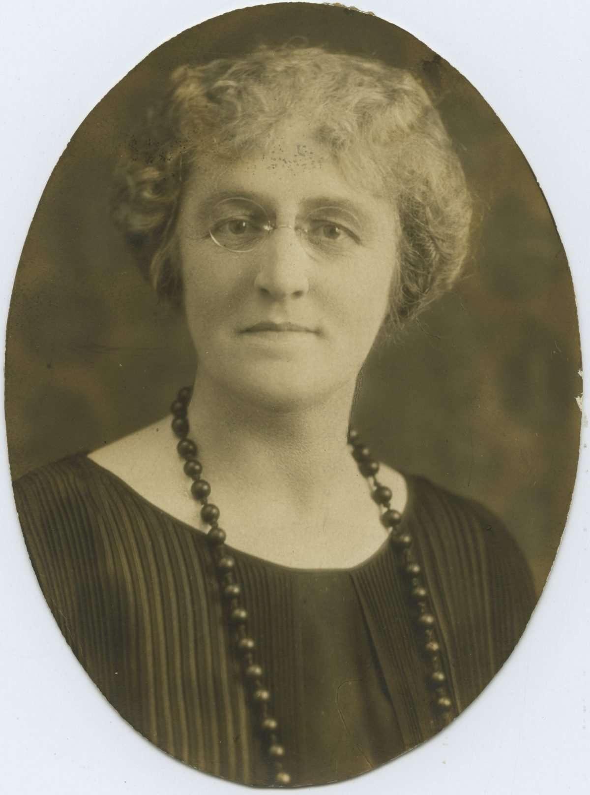 Helen Timmons Henderson