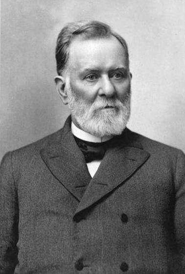 Three-quarter photographic portrait of a bearded Leander James McCormick